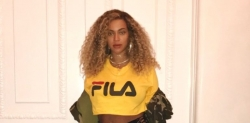 You'll Need To Take A Bow When You See Beyonce's Short Denim Pants
