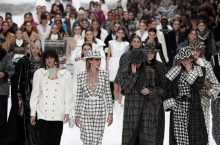 Models Walked A Snow-Covered Runway For Chanel AW19 Show In Honor Of Karl Lagerfeld