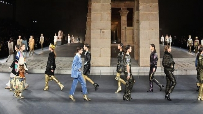 Chanel Pays A Tribute To Ancient Egypt In Its Metiers' D'Art Show