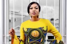 Chika Ike Oozes Class And Style On La Mode Magazine's Latest Cover