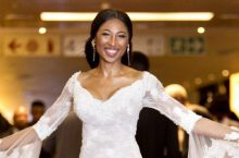 This Actress Actually Re-wore Her Wedding Gown On The Red Carpet