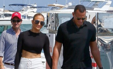 Jennifer Lopez's Cropped Pants Are So Pretty And It's Affordable Too