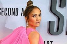 Jennifer Lopez Is Launching Her Own Skincare Line