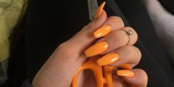 There Are New Ways That Girls Are Showing Off Their Nail Color