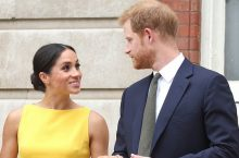Meghan Markle Looks Amazing In A Yellow Body-Skimming Dress