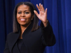 The Internet Couldn't Get Enough When Michelle Obama Wore Her Natural Hair