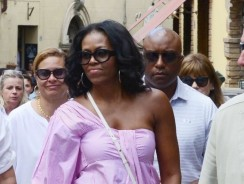 Michelle Obama Wore An Off-The-Shoulder Top Like A True Fashion Girl