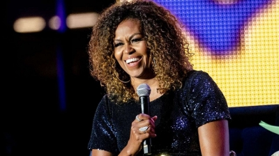 Michelle Obama Wore Her Natural Curls and Twitter Users Can't Get Enough
