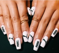 See The New Nail Trend That Is Blowing Up Right Now