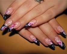 Give Your Nails That Special Treat on Your Wedding Day