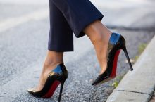 You'll Be Surprise Why Christian Louboutin Heels Always Have A Red Sole