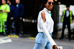 The Street Style Is Striking At London Fashion Week Spring 2017